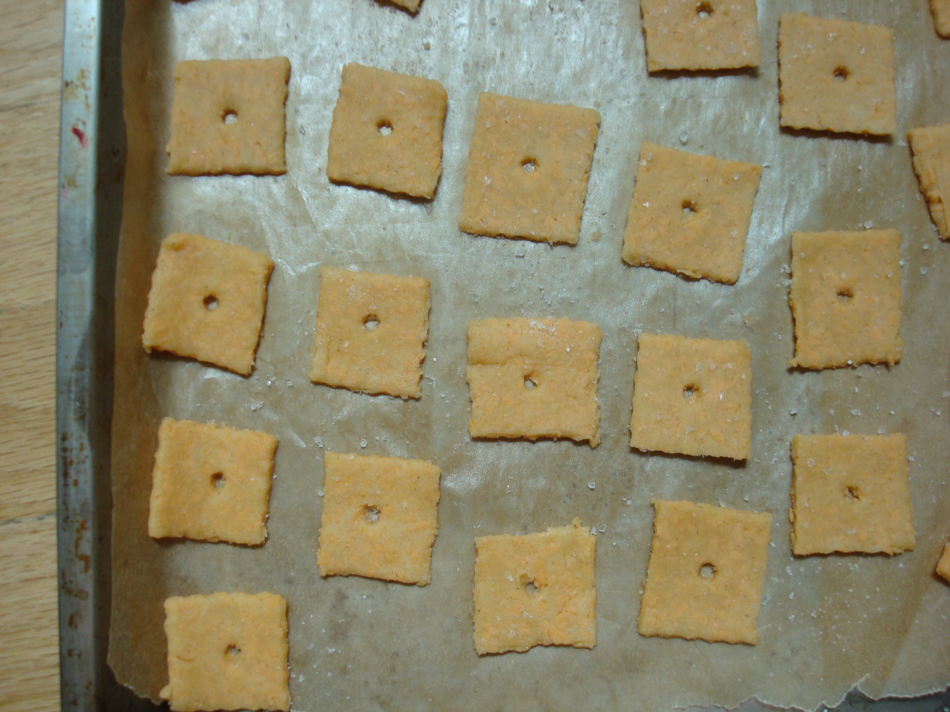 Gluten-free Vegan Cheez-Its - Fork & Beans