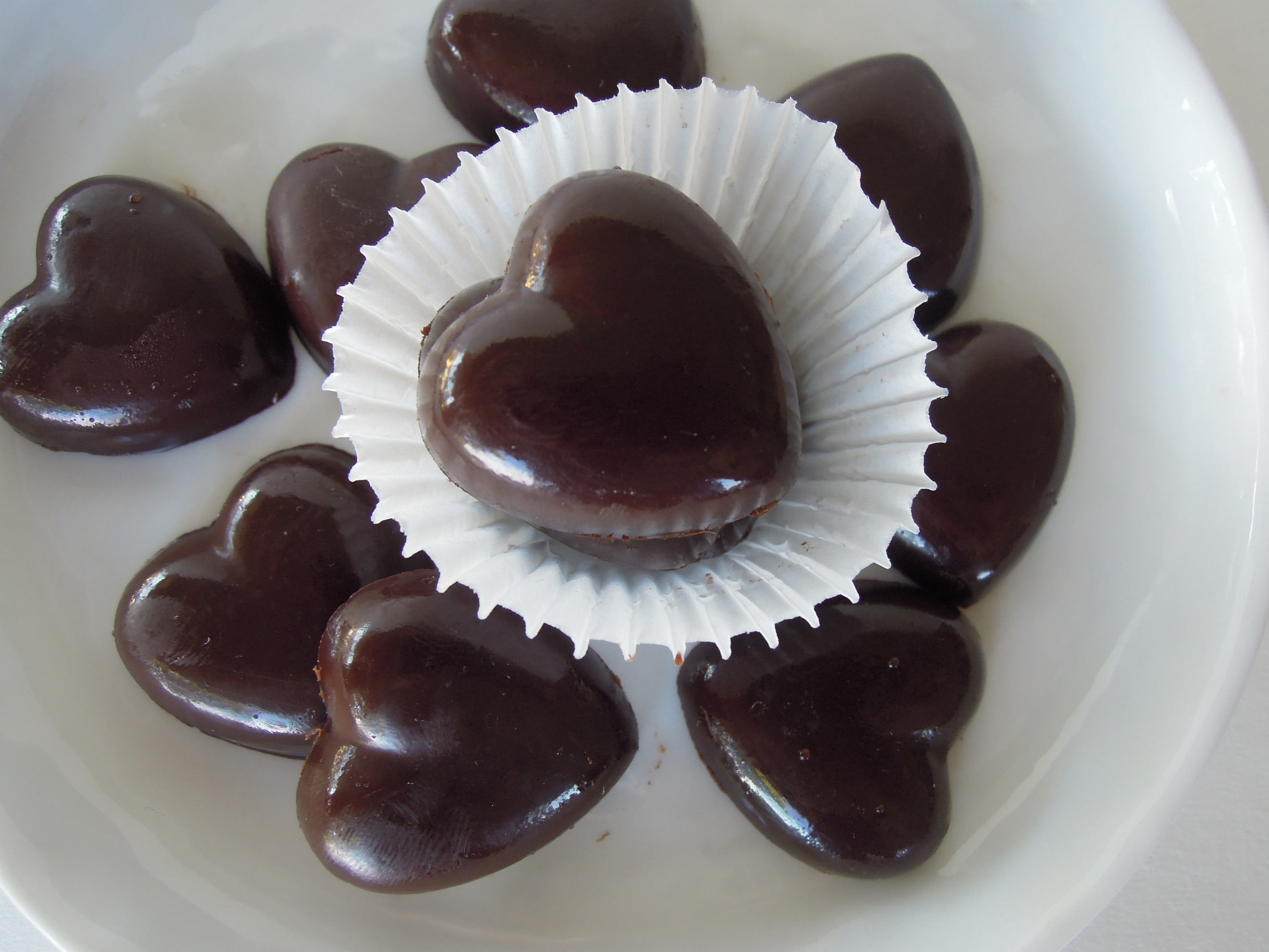 Raw Chocolate Hearts - Fork and Beans