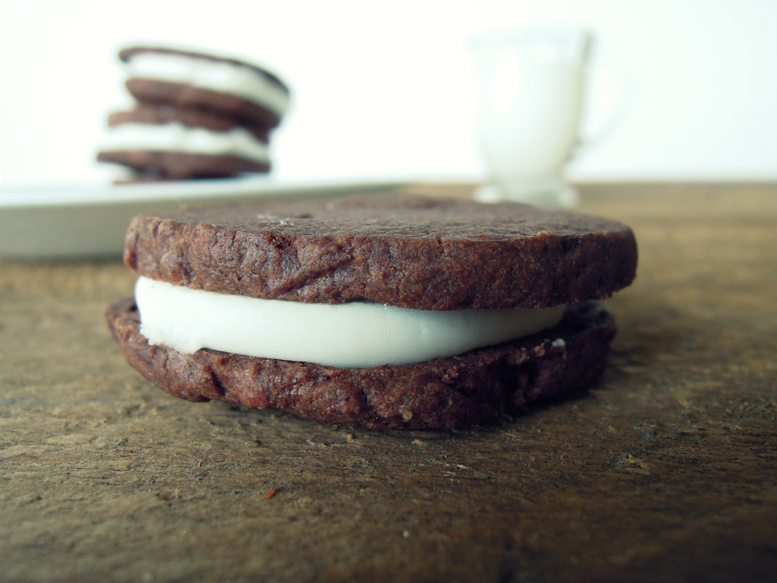 Gluten-free Vegan Oreos - Fork and Beans