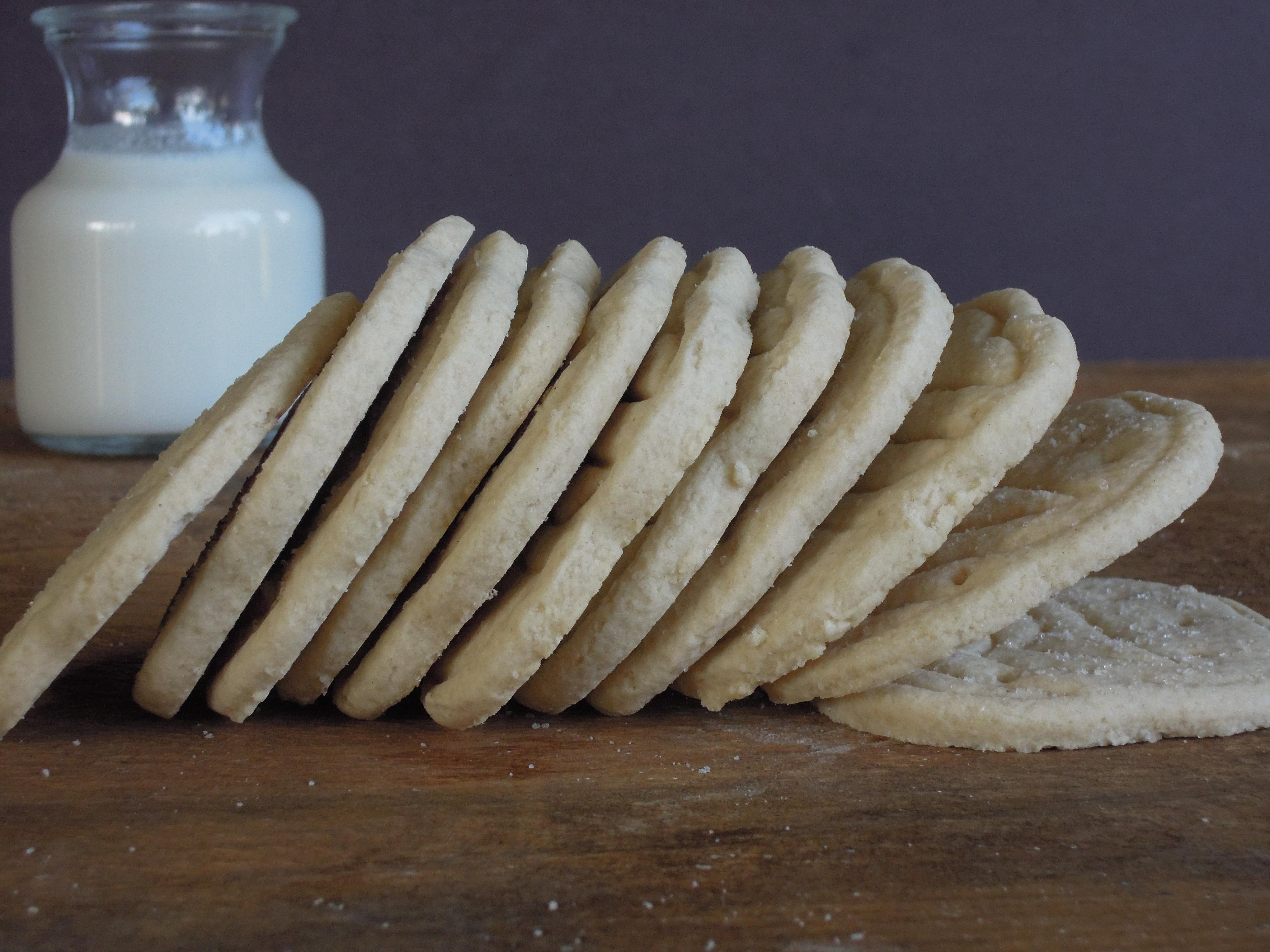 Gluten-free Vegan Trefoil Cookies